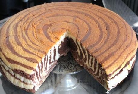 عکس کیک دو رنگ(زبرا کیک)